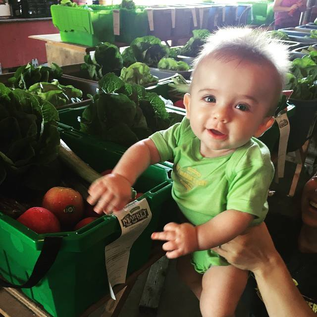 Lee and Maria's fresh produce delivery