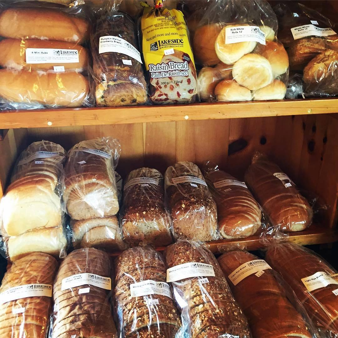 Lakeside Bakery @ Lee & Maria's